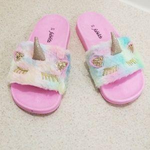 Fab kids cute fun fur sandals size 2/3 big girls